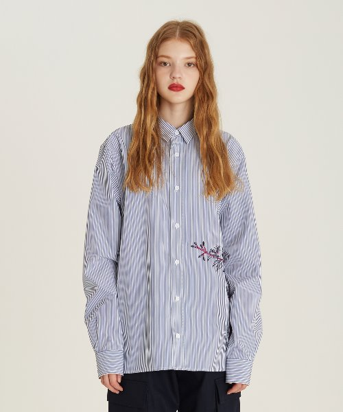 [18FW][50% 세일] Flower Embroidery Stripe Shirts(BL)