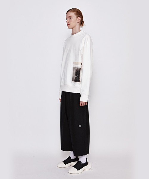 [19FW][30% 세일] illi Crop Baggy Pants